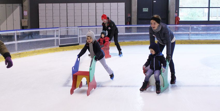 Blizz family / Initiation au patinage en famille